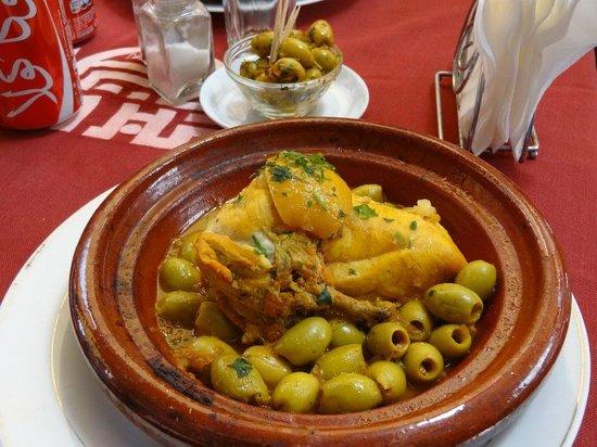 Restaurant Mabrouka: Tajine de poulet citron confit et olives