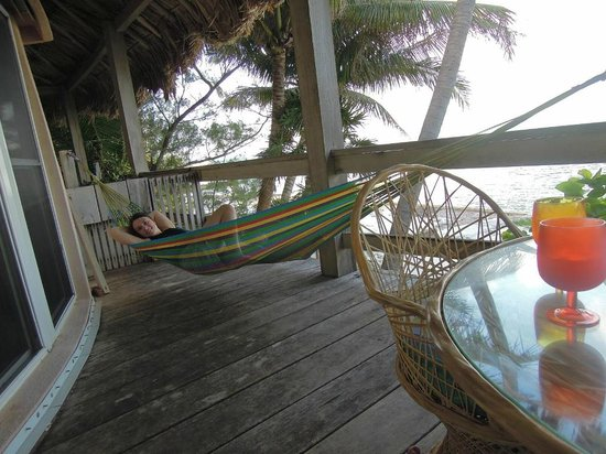 Xanadu Island Resort: Our porch, perfect for relaxing