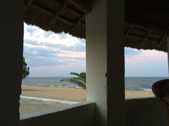 Fish Eagle Bay Lodge: View from one of the gazebos on the beach.