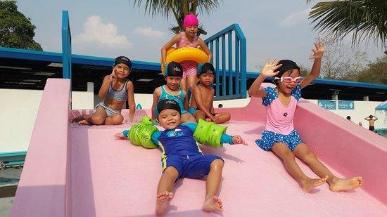 Swimming Pool Picture Of Playport Udon Thani Water Park Udon Thani Tripadvisor
