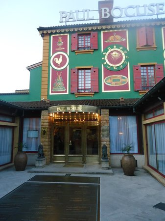 Restaurant Paul Bocuse : Entry