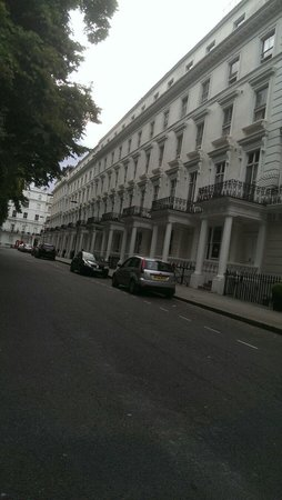 The Premier Notting Hill: From the right side of the hotel.