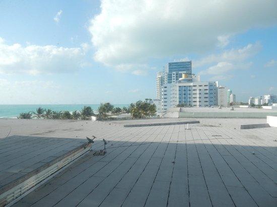 Deauville Beach Resort: Вид из окна