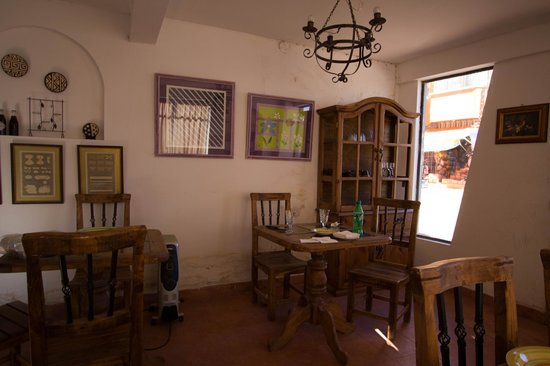 Trattoria Sapori d'Italia: dining room