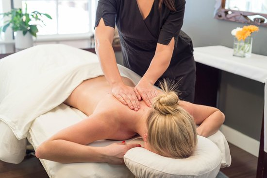 Whistler, Kanada: One of our massage rooms