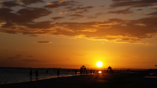 Hoosiers in Paradise: Amazing Sunsets await you!
