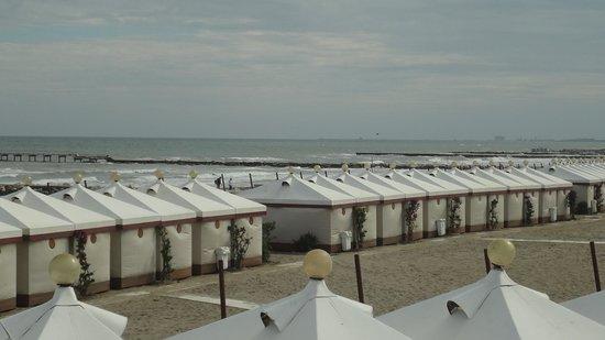 Hotel Petit Palais: The Beach