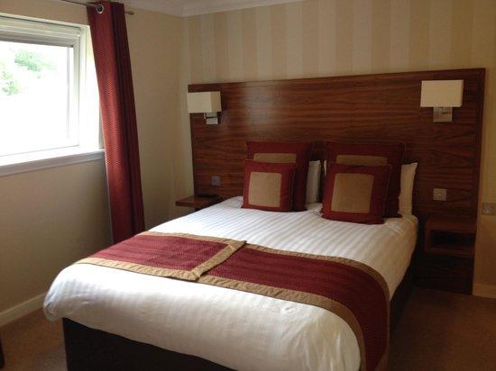 Nevis Bank Inn: Bedroom suite