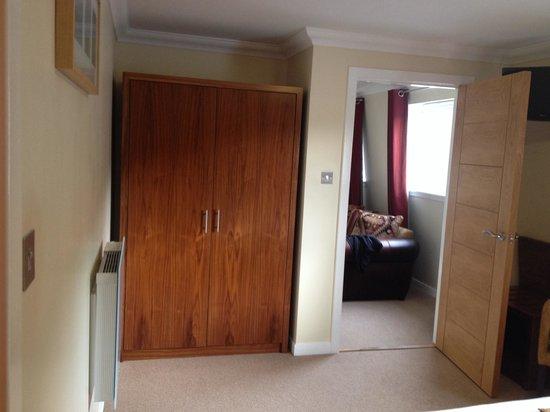 Nevis Bank Inn : Bedroom suite 2