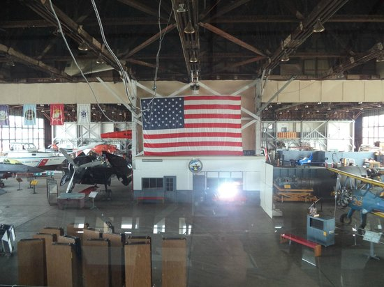 Naval Air Station Wildwood Aviation Museum: That is one massive flag!