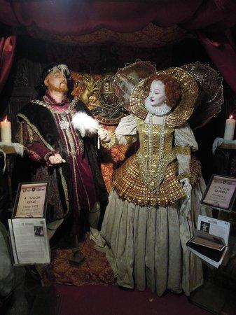 Tudor World : Tudor King
