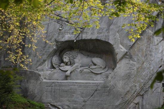 Restaurant Wiederkehr: Löwendenkmal
