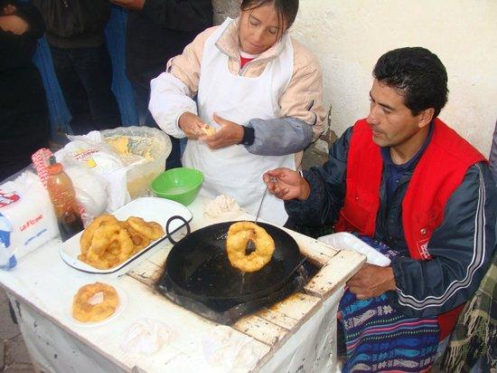 Plaza San Blas : Picarones fritos na hora