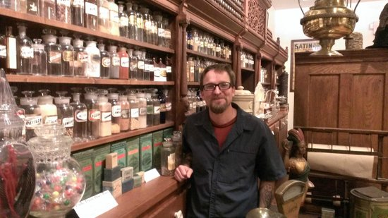 Ouray Alchemist Museum: Me enjoying my tour. So much to see!