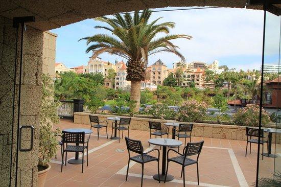 Dream Hotel Gran Tacande: Одна из многочисленных террасс