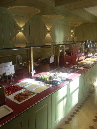 Platzl Hotel: Buffet petit déjeuner