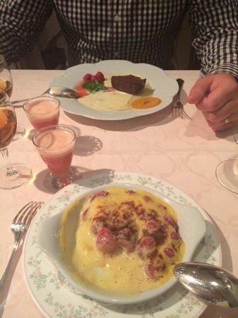 Restaurant Lea : les desert avec leurs petites emulsion