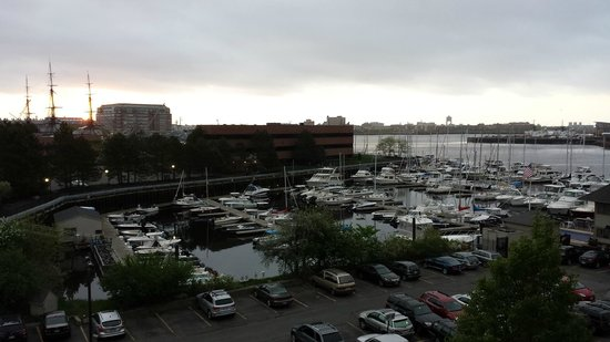 Residence Inn by Marriott Boston Harbor on Tudor Wharf: Harbor View
