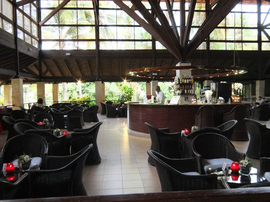 Natura Park Beach - EcoResort & Spa: Main Bar