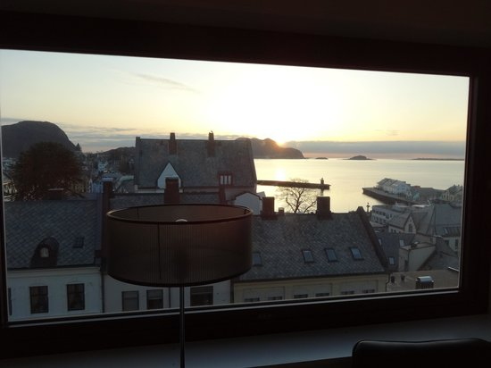 Scandic Parken: Sunset from the room