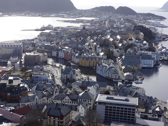 Scandic Parken: Alesund from the top of the hill