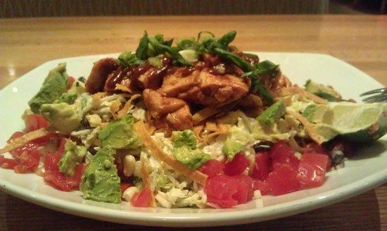 California Pizza Kitchen: Салат