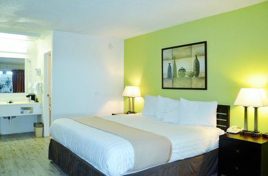 Inn and Suites Lincoln: Boarders Inn & Suites Lincoln, NE