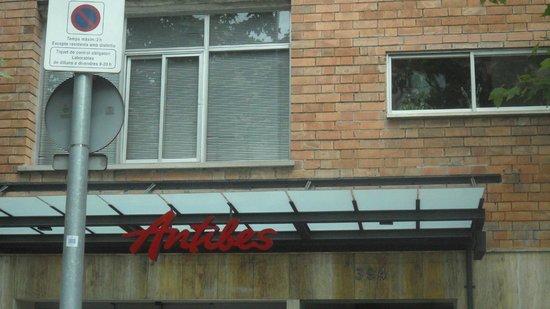 Acta Antibes: Scritta hotel