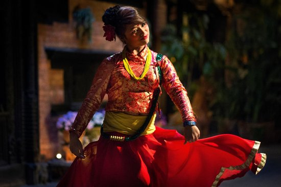 Dwarika's Hotel: dancing at Dwarika's