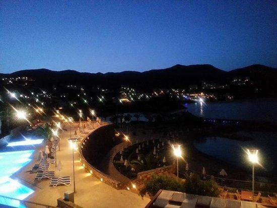 Mirabello Beach & Village Hotel : Evening view.