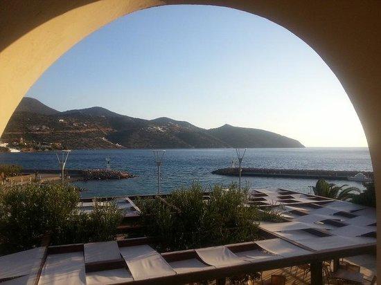 Mirabello Beach & Village Hotel : Breakfast view