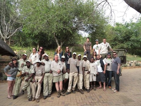 Naledi Bushcamp and Enkoveni Camp: Crew that made our stay
