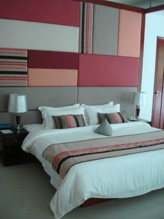 Independence Hotel, Resort & Spa: Bed