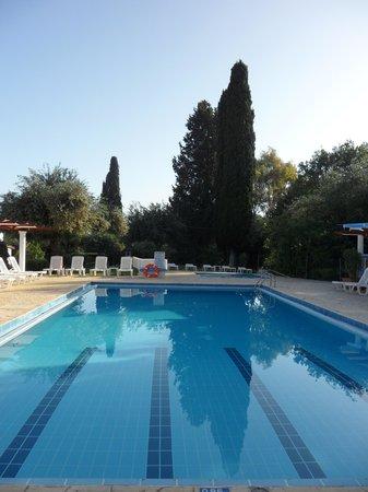 Katia Apartments: the pool