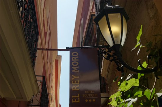 El Rey Moro Hotel Boutique Sevilla: У входа в бутик-отель