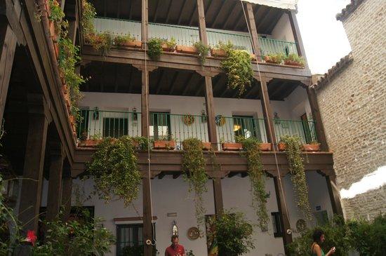 El Rey Moro Hotel Boutique Sevilla: Внутренний дворик