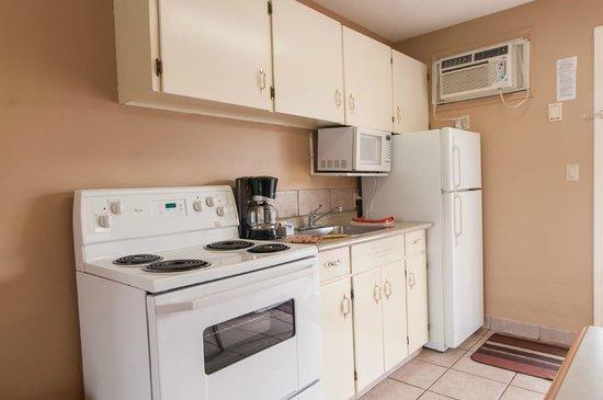 Okanagan Seasons Resort: Fully Equipped Kitchens