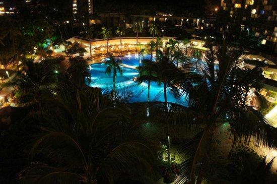 Kaua'i Marriott Resort: Night view from 2421