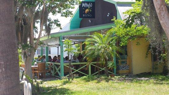 Mango Bistro : Front of the Mango
