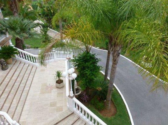 Villa Erina Park Hotel : Die Eingangstreppe zum Hotel