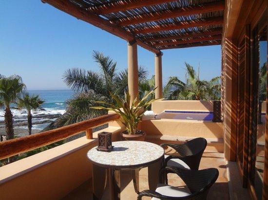 Esperanza - An Auberge Resort: The small (chaise-less) deck