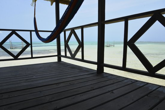 Isla Marisol Resort : Relax and enjoy the view from the privacy of your own balcony.