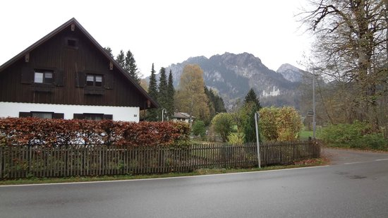 Hotel Waldmann: Vew from the street.