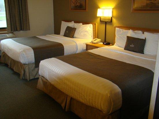 Boarders Inn & Suites by Cobblestone Hotels Faribault, MN: Boarders Inn & Suites Faribault, MN