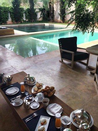 Palais Namaskar: THE petit déjeuner!