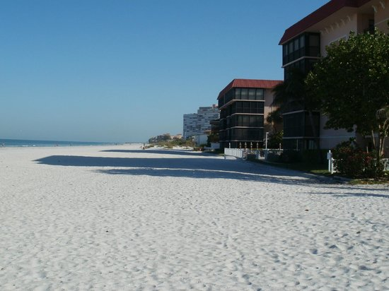 The Hotel Sol: View north of Madiera Beach