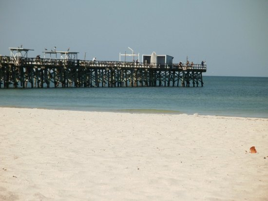 The Hotel Sol : View of the fishing pier from the hotel