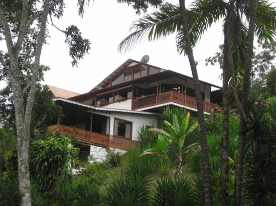 Spanish by the River - Turrialba : Hostel and school