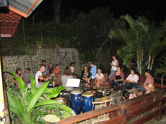 Spanish by the River - Turrialba: Turrialba party