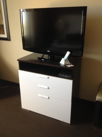 Best Western Premier Miami International Airport Hotel & Suites: EST 32INCH FLATSCREEN TV